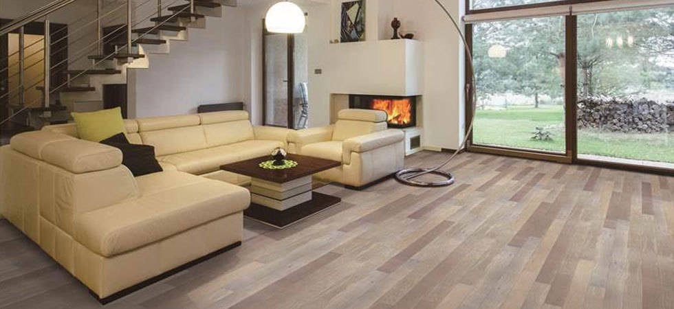 Vantage Floorcoverings in Leduc offrers the finest in hardwood flooring at  great prices